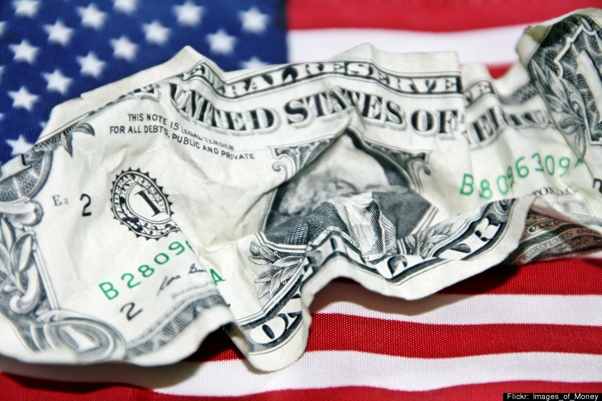 "Paper currency only lasts a couple of <a href=""http://www.usatoday.com/news/washington/story/2011-10-24/dollar-enters-deficit"