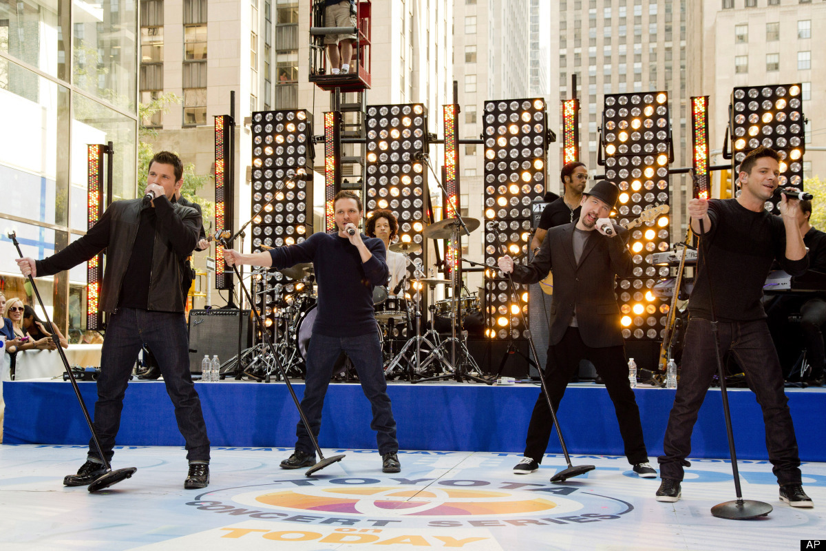 "Members of 98 Degrees, from left to right, Nick Lachey, Drew Lachey, Justin Jeffre and Jeff Timmons perform on NBC's ""Today"""
