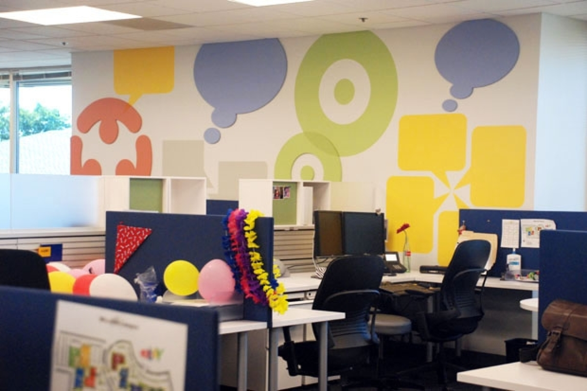 ebay office. Removing Cubical Walls Allows For A More Open And Interactive Work Space. (Julia Benton Ebay Office E