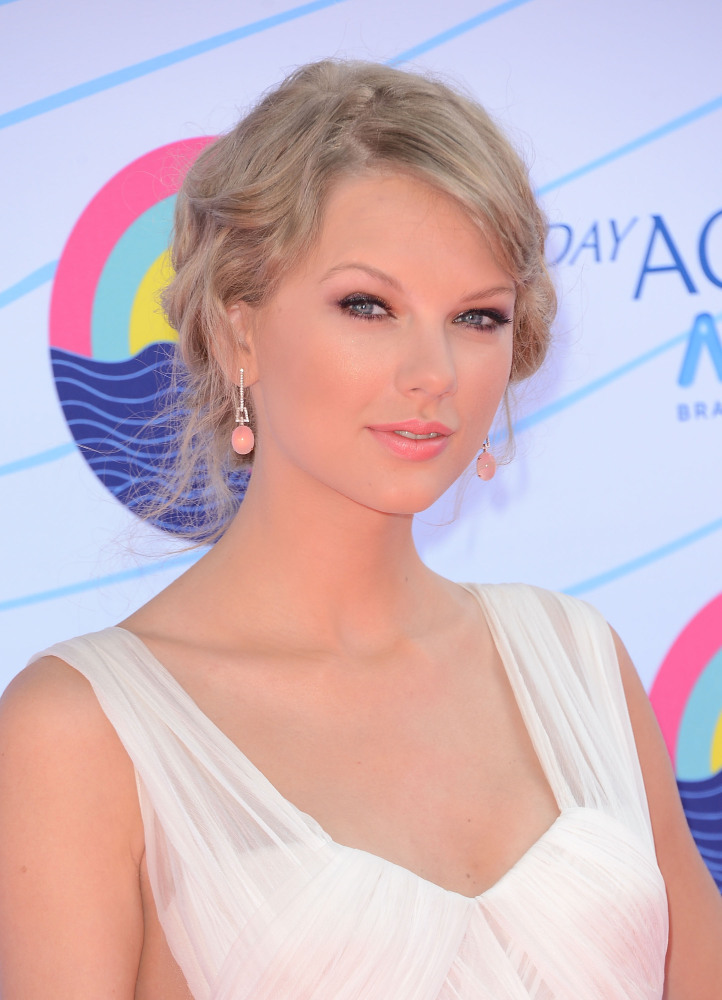 Taylor Swift is currently dating Conor Kennedy, Robert F. Kennedy's grandson.