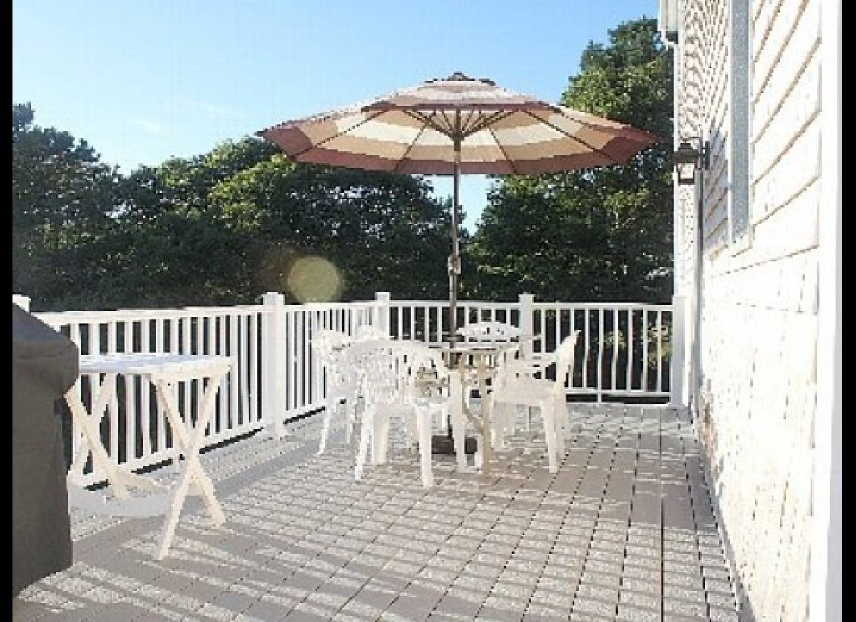 "Celebrate the end of summer with a trip to the beach and laid-back time on the sunny deck at this <a href=""http://www.homeawa"
