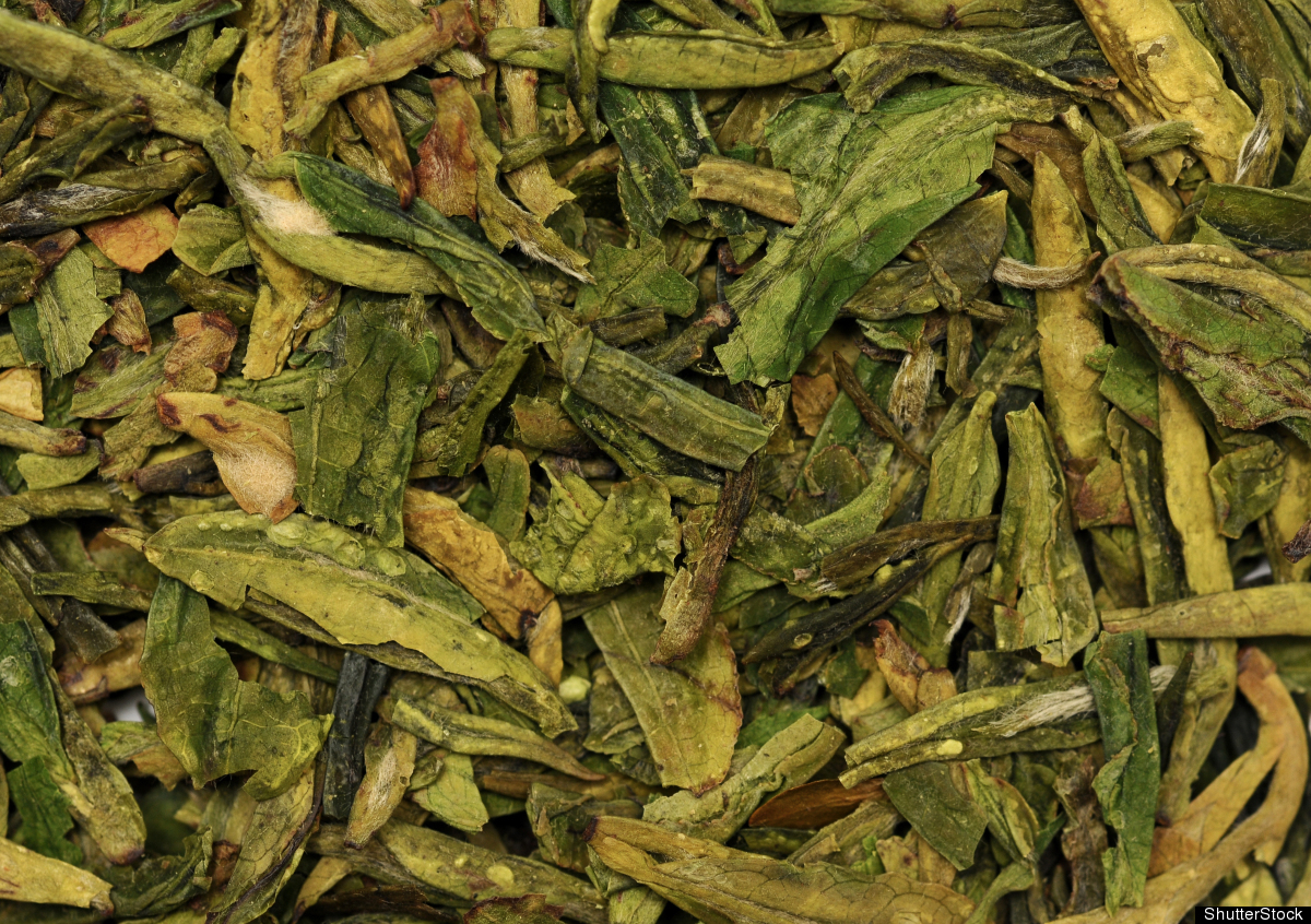 "Green tea boosts the <a href=""http://health.oregonstate.edu/synergies/2011/mechanism-discovered-for-health-benefit-of-green-t"