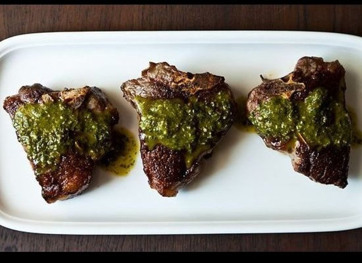 Lamb chops and the chimichurri sauce are quite simple to prepare and inexpensive, but incredibly special and delicious. The c