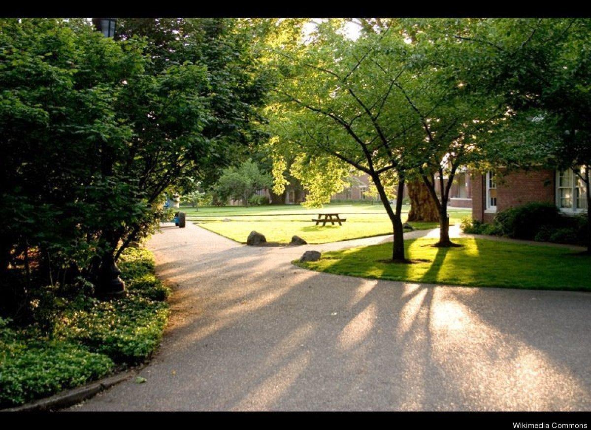 """Portland, Ore.  Photo Cred:<a href=""""http://en.wikipedia.org/wiki/File:Reedcollege.jpg"""" target=""""_hplink""""> Kelvin Kay</a>"""