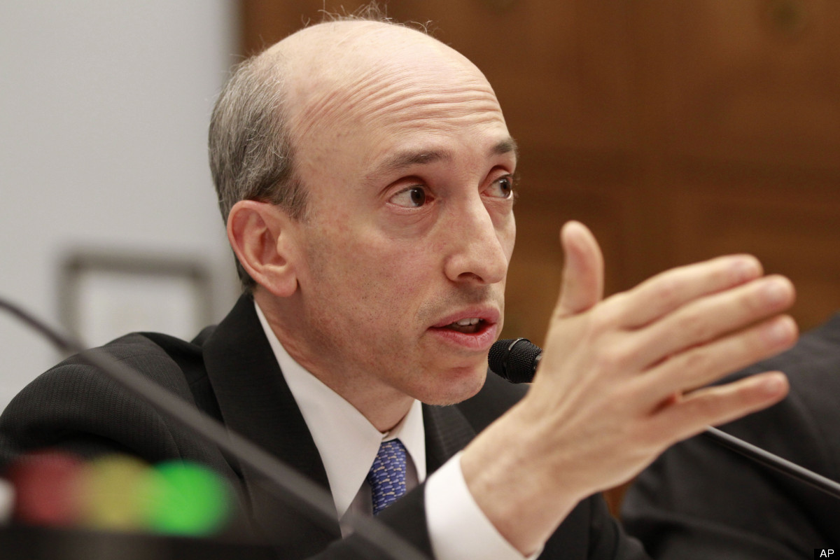 "Before starting his career in public service, Commodity Futures Trading Commission chairman Gary Gensler spent <a href=""http:"