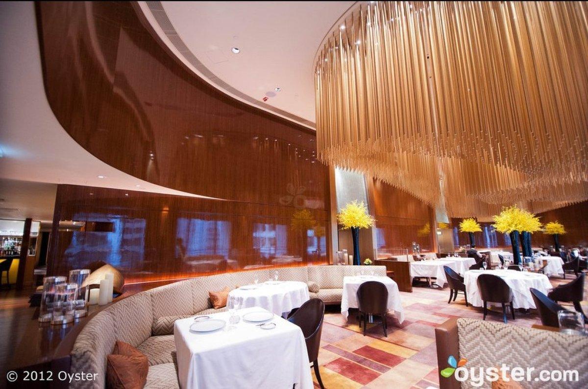 """<strong><a href=""""http://www.oyster.com/hong-kong/hotels/the-landmark-mandarin-oriental-hong-kong/"""" target=""""_hplink"""">The Hotel"""