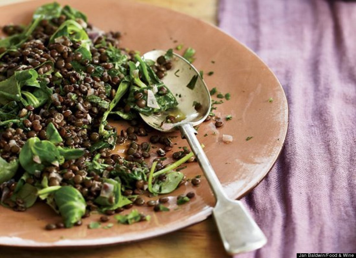 """<strong>Get the <a href=""""http://www.huffingtonpost.com/2011/10/27/lentils-with-red-wine-and_n_1058526.html"""" target=""""_hplink"""">"""