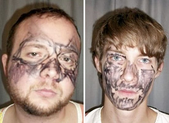 "What these two Tennessee <a href=""http://www.cnn.com/2009/CRIME/10/29/iowa.marker.disguise/"" target=""_hplink"">would-be robber"