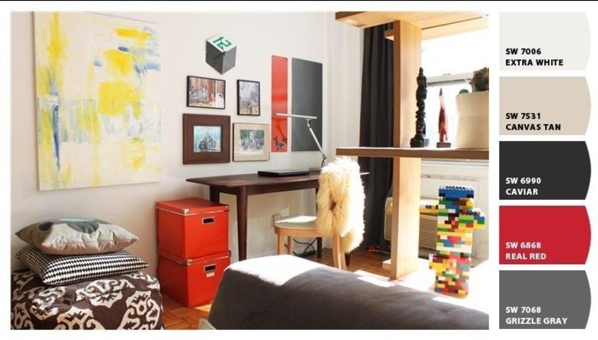 "<a href=""http://www.stylelist.com/thomas-altamirano/post_3780_b_1785601.html"" target=""_hplink"">Bachelor studio</a> apartment"