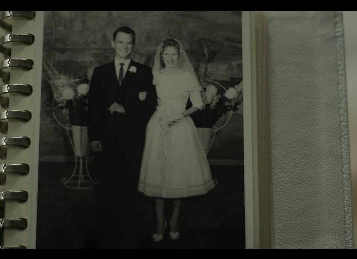 """""""My grandparents Wayne & Shirley Cole on their wedding day in the late 1950s."""" Via <a href=""""https://twitter.com/oshanada/stat"""