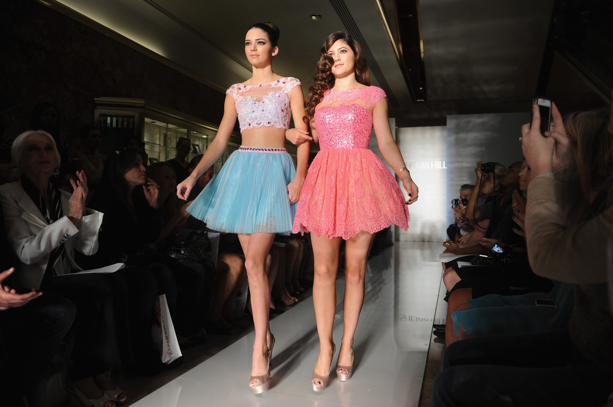 Kylie Jenner & Kendall Jenner<br> (Getty photo)