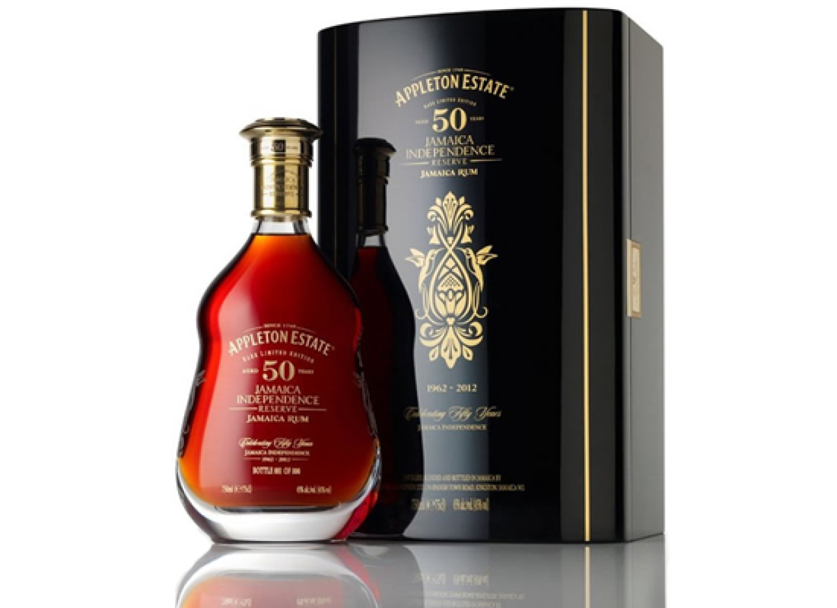 """<strong><a href=""""http://us.appletonestate.com/products/limited-edition-50-year-old"""" target=""""_hplink"""">APPLETON 50 YEAR OLD JAM"""