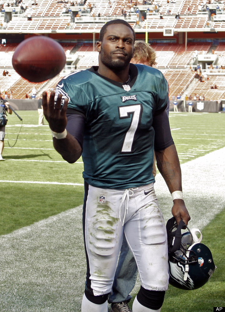 """Despite escaping with the win, Vick threw <a href=""""http://www.nfl.com/gamecenter/2012090907/2012/REG1/eagles@browns"""" target="""""""