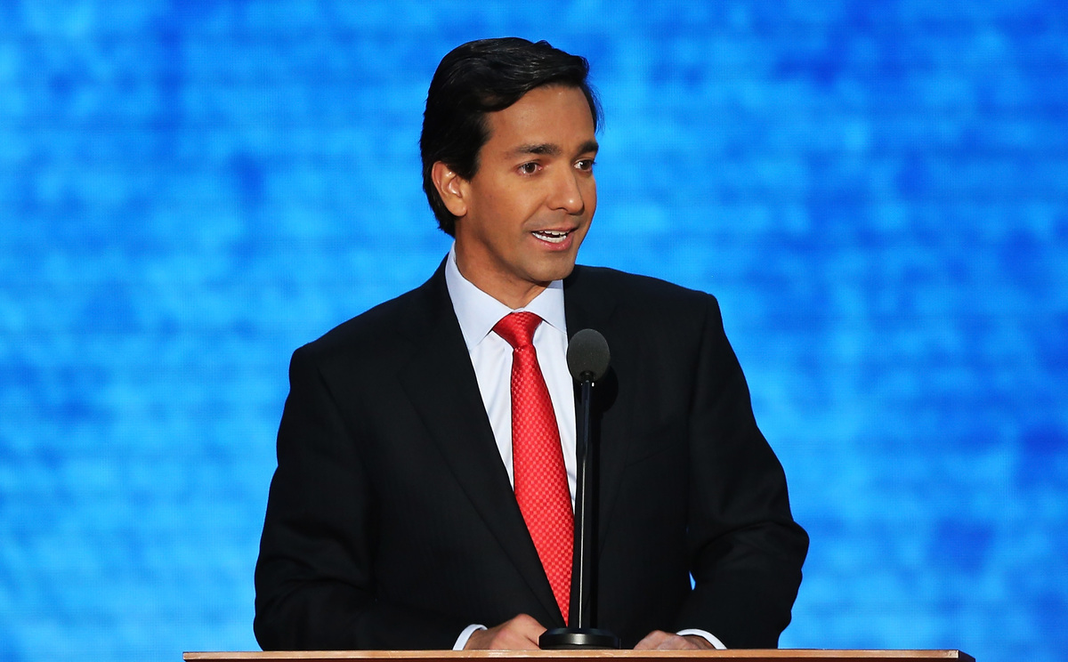 TAMPA, FL - AUGUST 29:  Puerto Rico Gov. Luis Fortuno speaks during the third day of the Republican National Convention at th