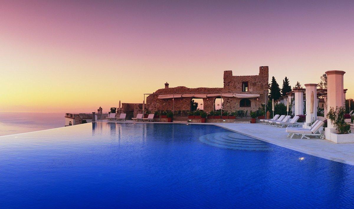 """<a href=""""http://www.departures.com/slideshows/breathtaking-clifftop-hotels/2"""" target=""""_hplink"""">See More Breathtaking Clifftop"""