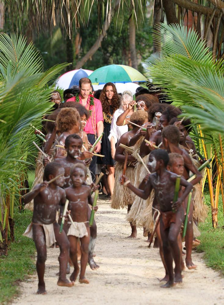 HONIARA, GUADALCANAL ISLAND, SOLOMON ISLANDS - SEPTEMBER 17:  Catherine, Duchess of Cambridge and Prince William, Duke of Cam