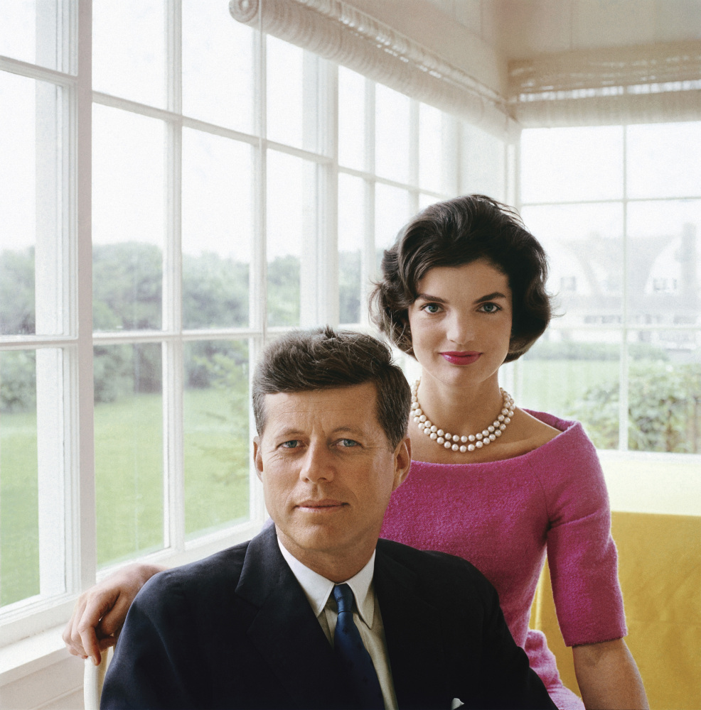 Mark Shaw Jackie and JFK Portrait in Hyannis Port, 1959 © 2012 Mark Shaw / mptvimages.com