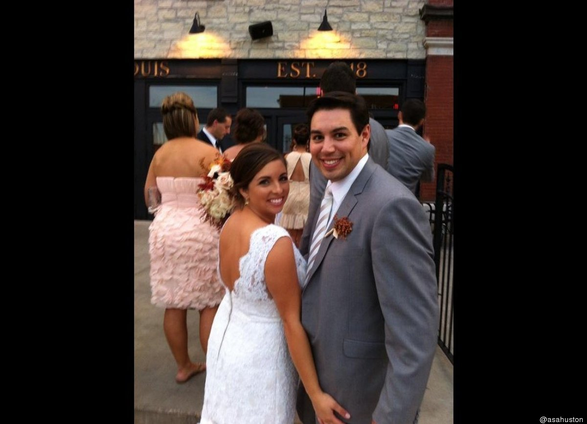 """@asahuston""""@pendrysig: aly and Andy @HuffPostWedding @HuffingtonPost pic.twitter.com/kGHsIar1"""" my favorite photo from the wkd"""