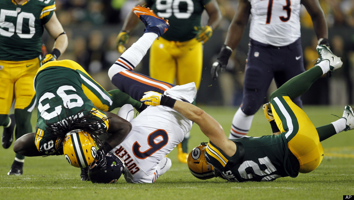 """Cutler completed just <a href=""""http://espn.go.com/nfl/player/_/id/9597/jay-cutler"""" target=""""_hplink"""">11 of 27 attempts</a> for"""