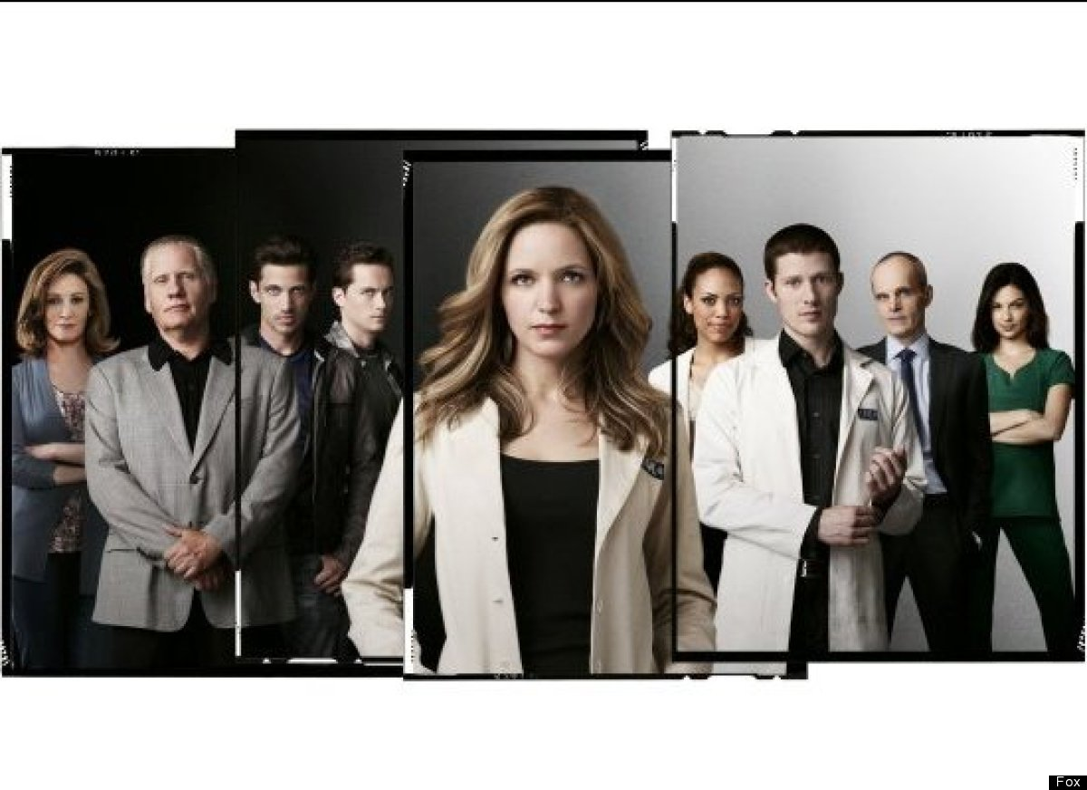 "If the show's <a href=""http://www.huffingtonpost.com/2012/09/18/revolution-ratings-premiere-nbc_n_1893560.html?utm_hp_ref=tv"""