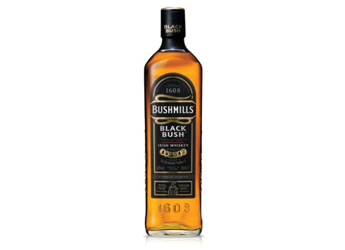 "<strong><a href=""http://www.bushmills.com/#BMBushmillsBlackBushDetail"" target=""_hplink"">BUSHMILLS BLACK BUSH</a> (40% ABV, ag"