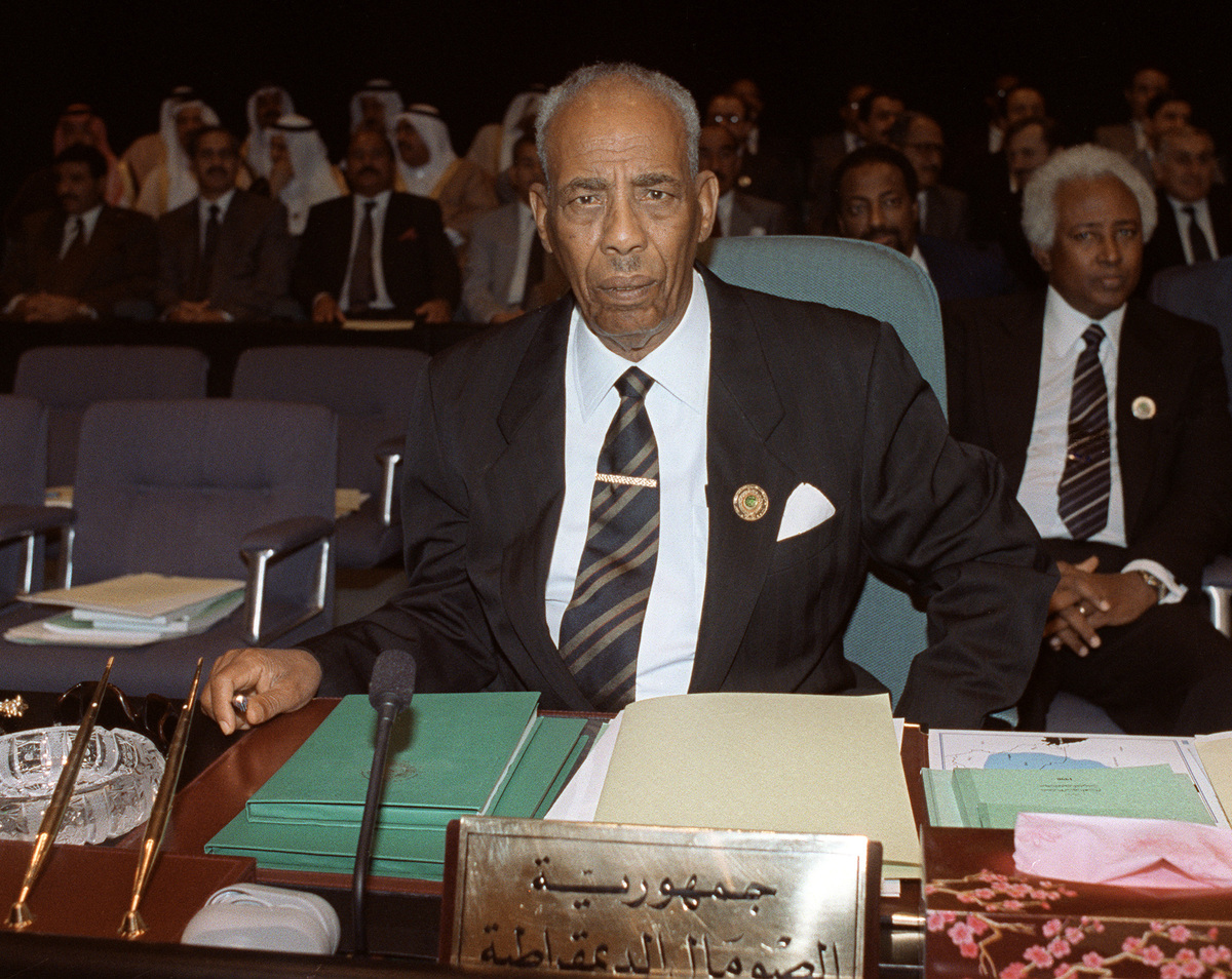 The toppling by warlords of military dictator Mohamed Siad Barre in 1991 plunged the Horn of Africa nation into anarchy, allo