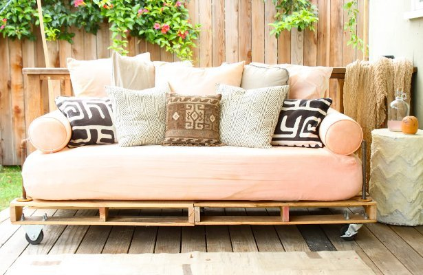 When she was redesigning her patio, Jaime Morrison Curtis wanted to add a place to sleep outside with her daughter and a sofa