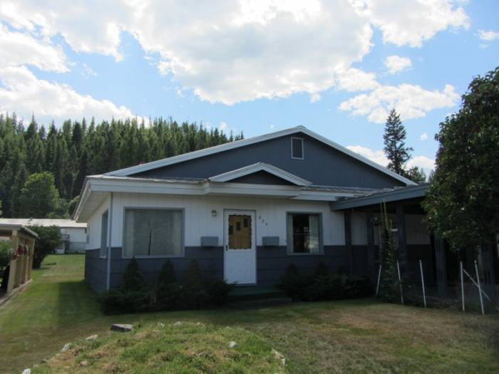This abode can be yours for just $79,000. It has three bedrooms, one bath and even a new energy efficient electric furnace. I