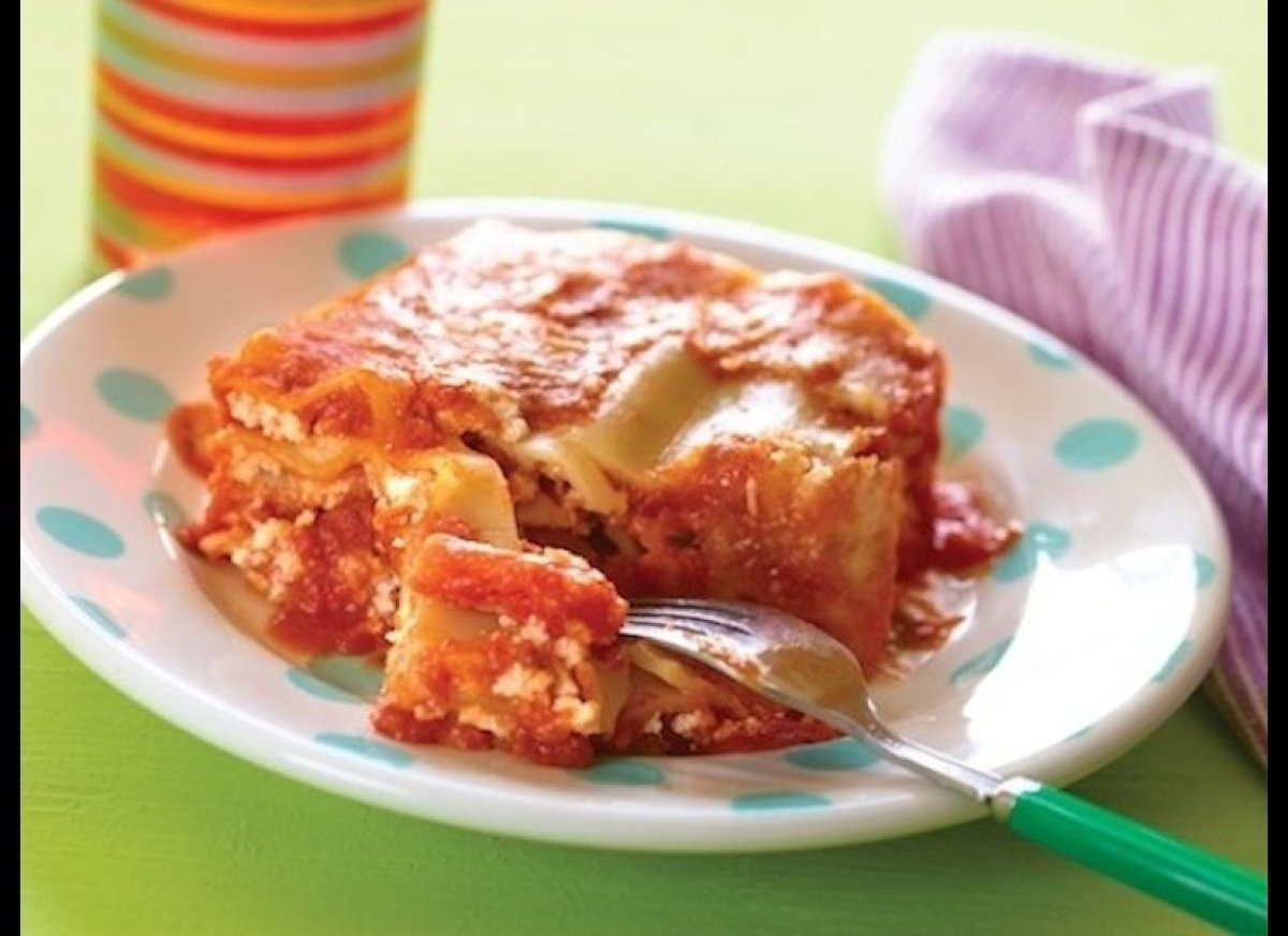 Lasagna with tofu replacing more than half the cheese, and 8 hidden veggies pureed into the delicious sauce!