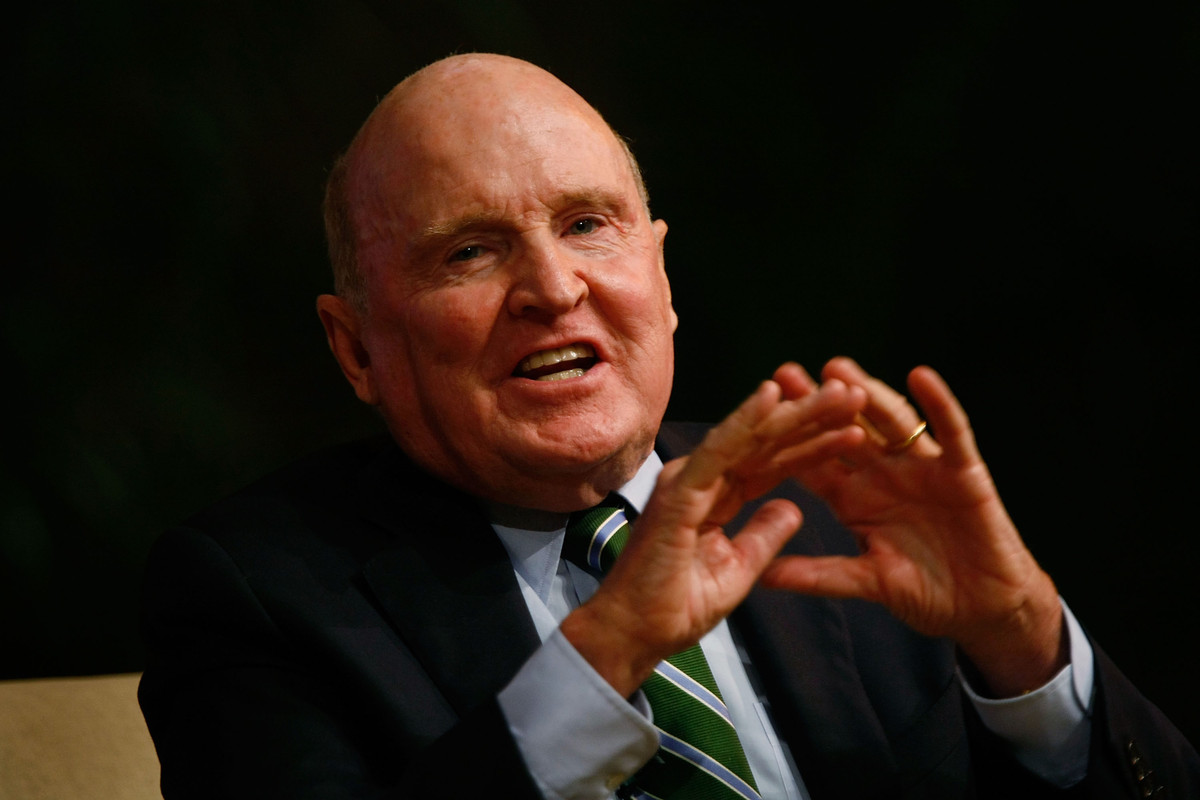 "<a href=""http://www.huffingtonpost.com/2012/10/05/jobs-report-conspiracy-theory-baseless_n_1942685.html"">Jack Welch, former C"