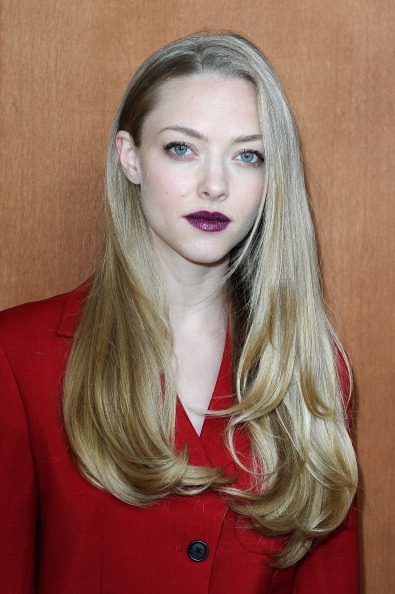 Amanda Seyfried attended the Miu Miu Spring/Summer 2013 show during Paris Fashion Week on October 3rd with a makeup look we'