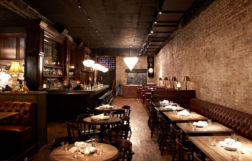 Bavette's Bar & Boeuf functions as a steakhouse suitable for schmoozing over business dinners, nestled in a giant leather boo
