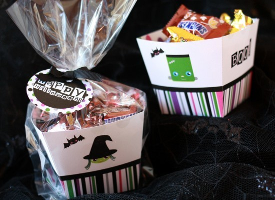"""These boxes are perfect for sending your guests home with some goodies.  (Photo by <a href=""""http://www.paperandcake.com/2011/"""