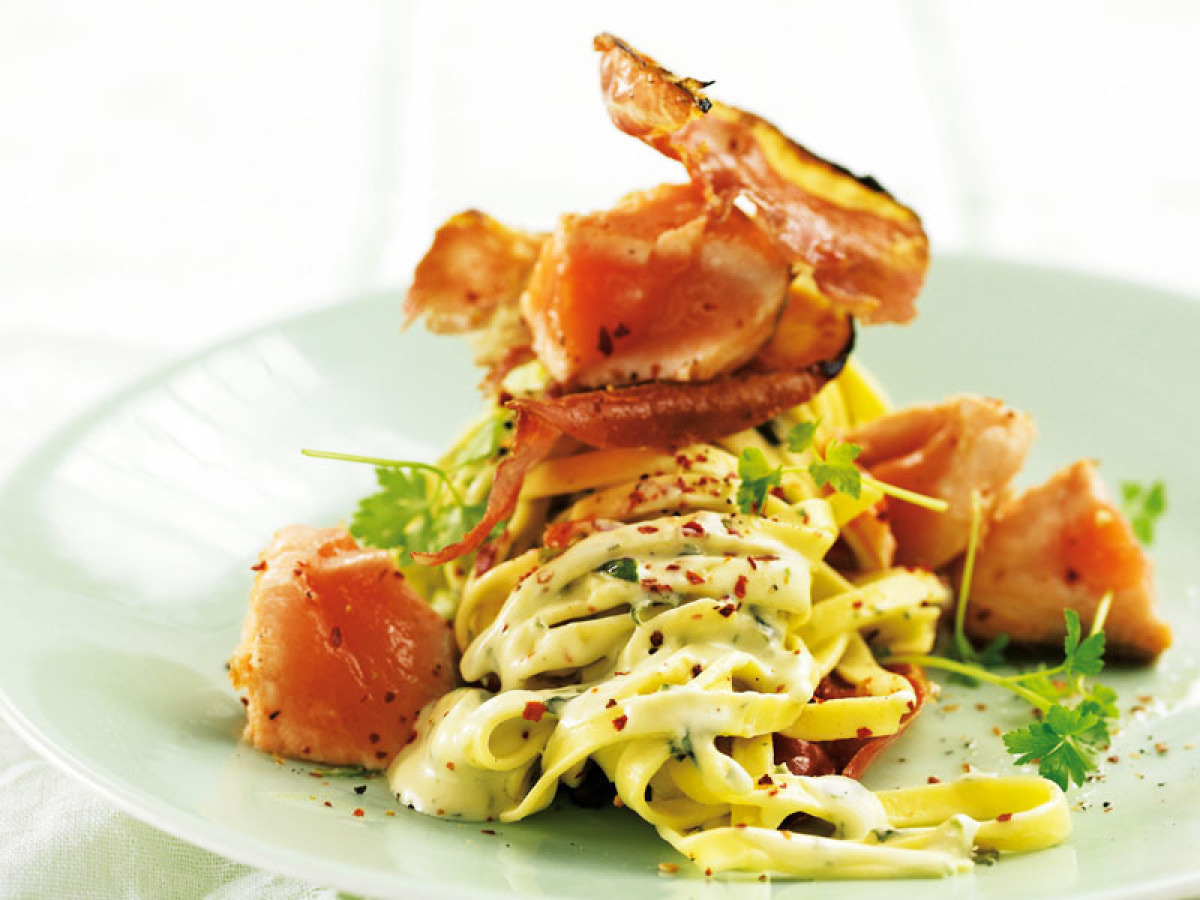 """<strong>Get the <a href=""""http://www.huffingtonpost.com/2011/10/27/salmon-and-prosciutto-tos_n_1057502.html"""" target=""""_hplink"""">"""