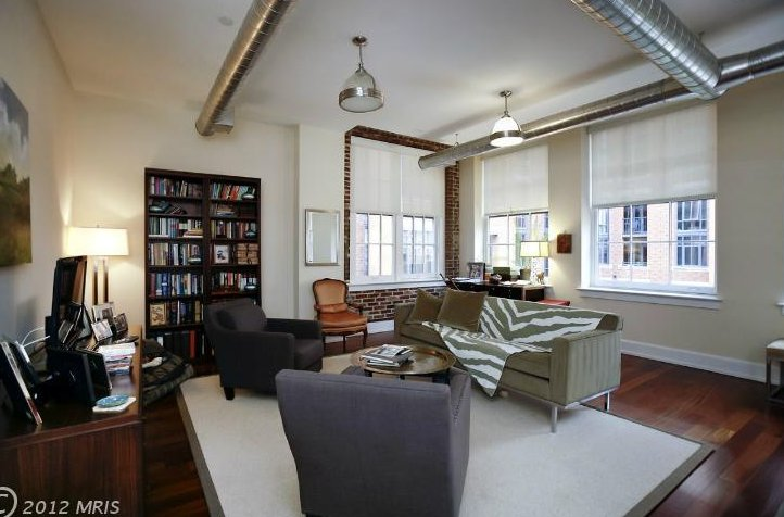 """One bedroom, two baths. The NoMa building has a rooftop pool and private wine storage. <a href=""""http://www.realtor.com/reales"""