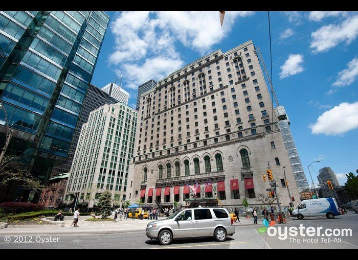 "<strong>Destination: <a href=""http://www.oyster.com/toronto/"" target=""_hplink"">Toronto</a></strong>  Tagged as ""New York ru"