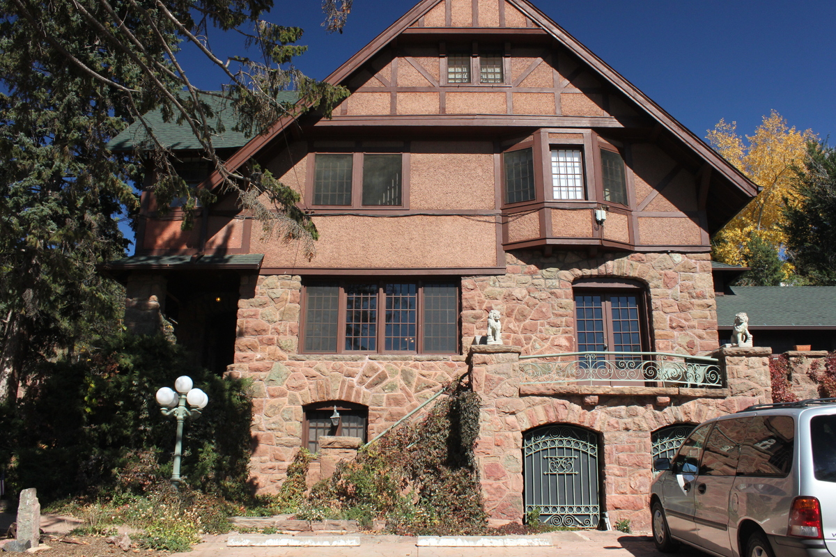 This may be Colorado's most haunted hotel.