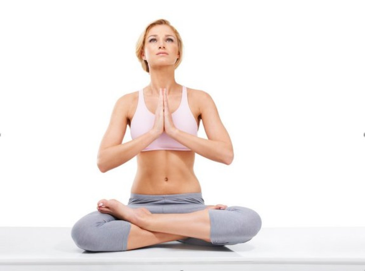 When you slouch, you tilt your pelvis forward, pooching out the tummy and giving the appearance of a thicker midsection. Thes