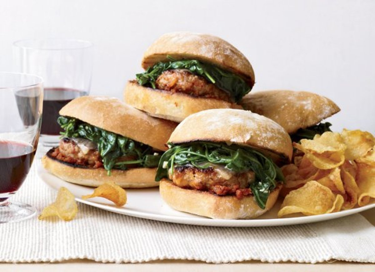"<strong>Get the <a href=""http://www.huffingtonpost.com/2011/10/27/italian-sausage-burgers-w_n_1058500.html"" target=""_hplink"">"
