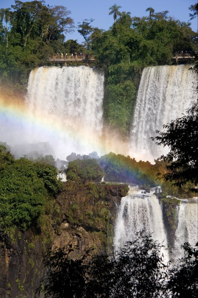 It's official: votes are in, and the Foz de Iguazú has won its place among the prestigious new seven wonders of nature, follo