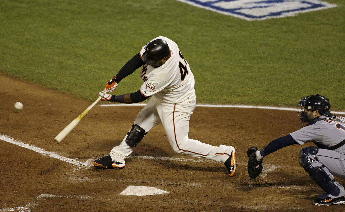 San Francisco Giants' Pablo Sandoval hits a home run during the fifth inning of Game 1 of baseball's World Series against the