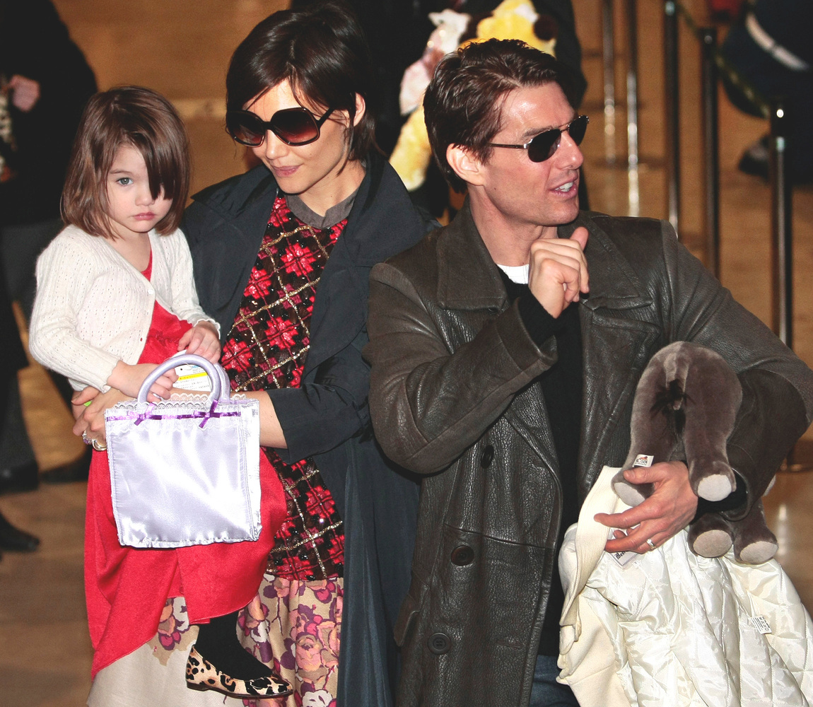 """Since parents Tom Cruise and Katie Holmes <a href=""""http://www.huffingtonpost.com/2012/06/29/tom-cruise-katie-holmes-divorce_n"""