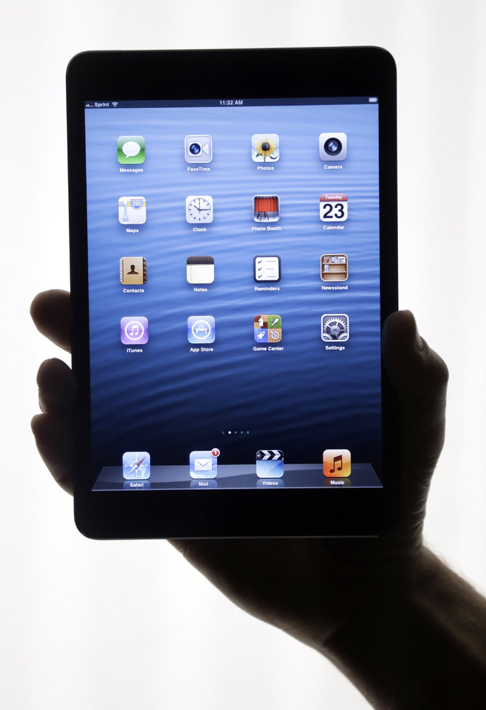 "<a href=""http://www.usatoday.com/story/tech/columnist/baig/2012/10/30/baig-review-apple-ipad-mini/1668737/"">USA Today's Edwar"