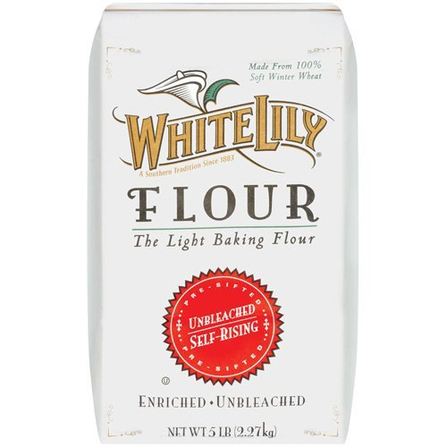 "Ask a Southerner, and they'll tell you <a href=""http://www.huffingtonpost.com/2013/05/29/white-lily-flour_n_3347963.html?utm_"