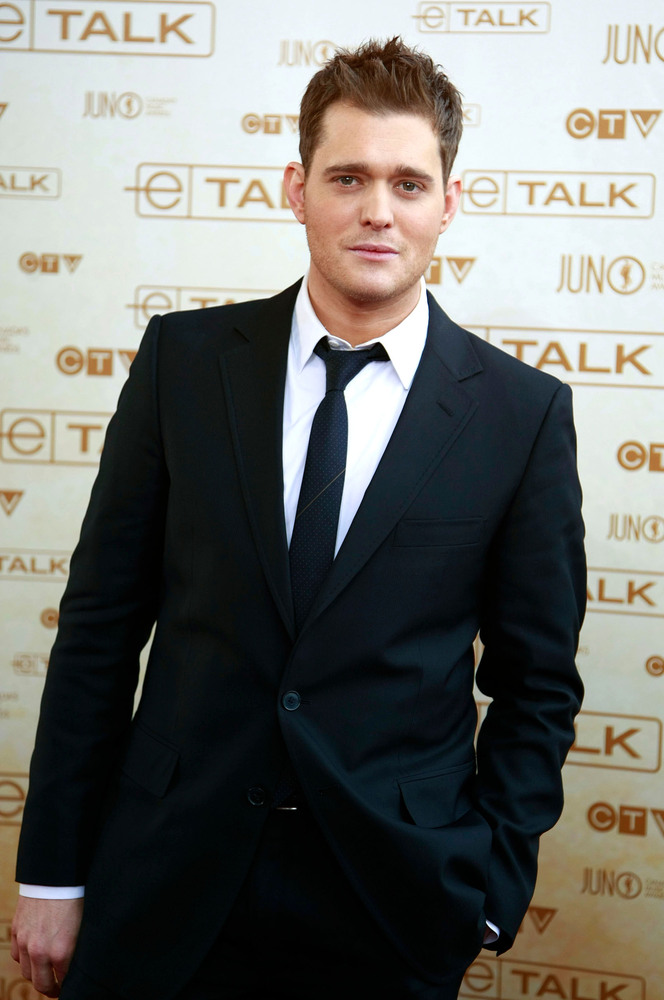 Michael Buble arrives on the red carpet at the 2008 Juno Awards in Calgary.