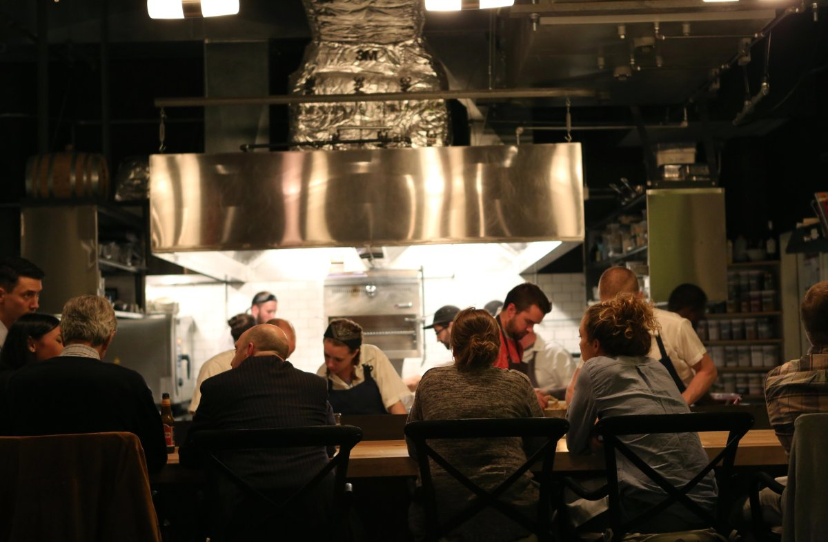 Guests look onto the Kitchen at Governor