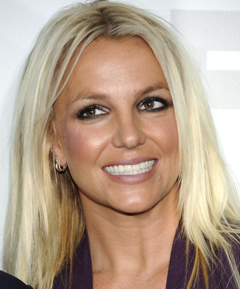 "After two years of marriage, Britney Spears <a href=""http://today.msnbc.msn.com/id/15609347/ns/today-entertainment/t/britney-"