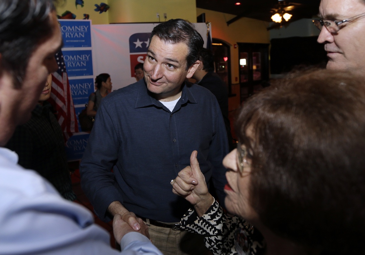 "The Cuban-American conservative who's faced <a href=""http://www.huffingtonpost.com/2012/11/01/ted-cruz-latino_n_2051960.html"""