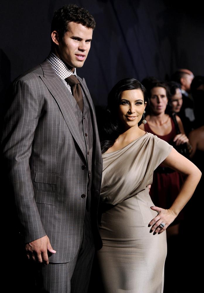 "Days after Kim Kardashian <a href=""http://www.tmz.com/2011/10/31/kim-kardashian-divorce-kris-humphries-files/"">filed for divo"