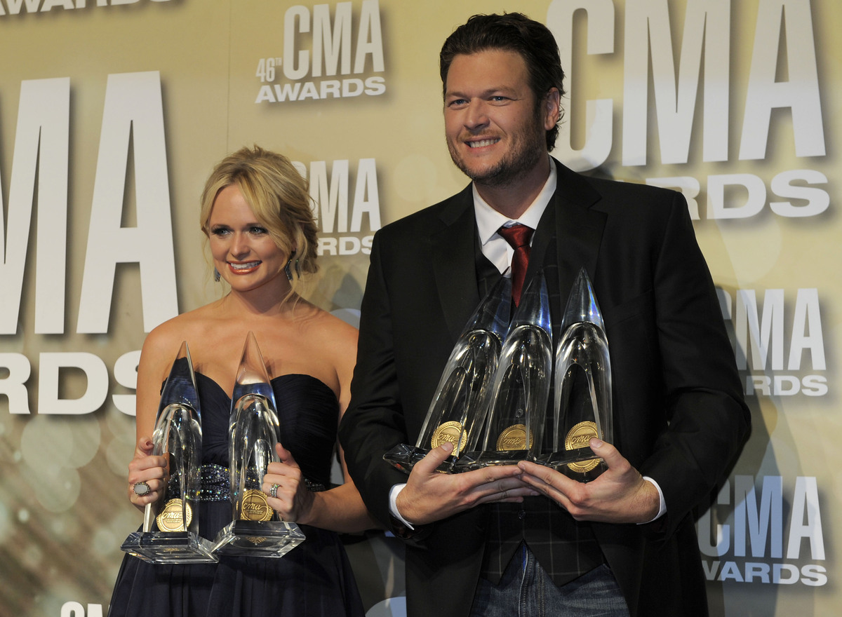 "The country music couple, married since 2011, said they <a href=""http://www.starpulse.com/news/index.php/2012/11/04/blake_she"